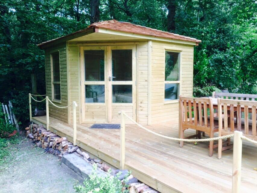 Summer houses fencing and sectional building manufacturers Summer homes builder