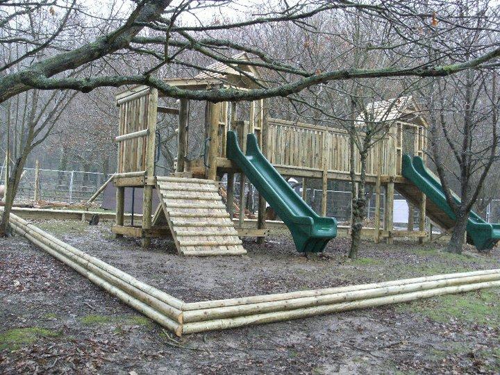 Howletts & Port Lympne Zoos